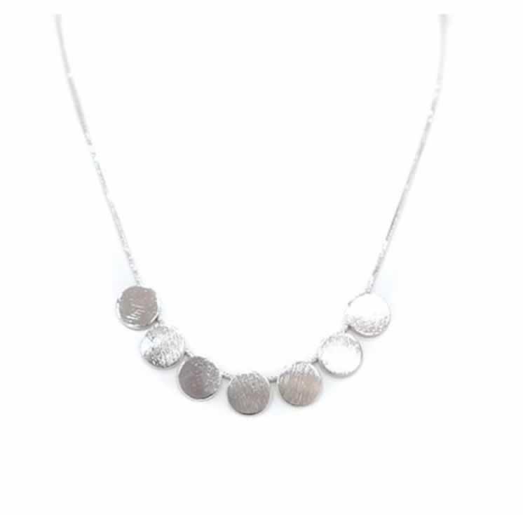 Junia circle necklace